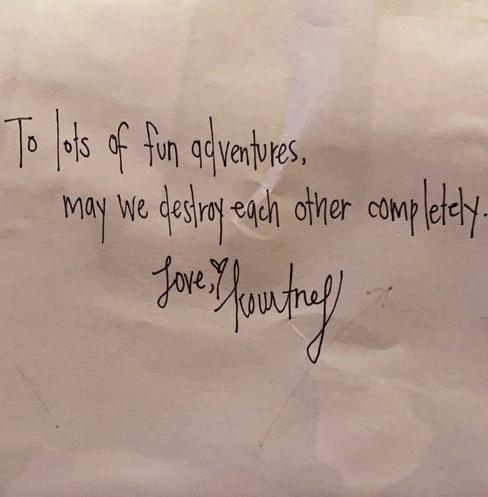 kourt barker note Travis Barker condivide un biglietto di Kourtney su IG