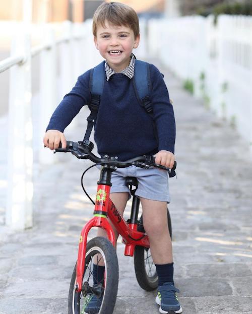 Schermata 2021 04 23 alle 08.08.50 Il Principe Louis compie 3 anni!