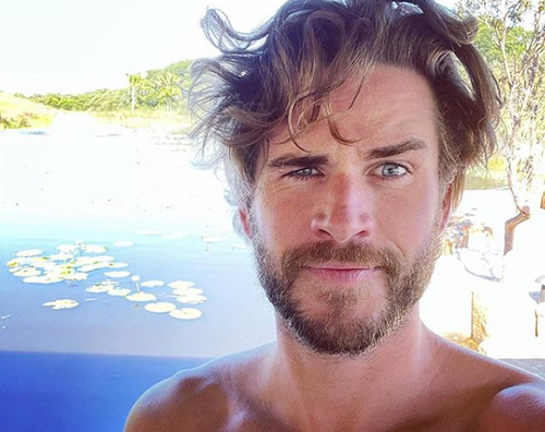 liam hemsworth Liam Hemsworth ritorna su Instagram con un selfie