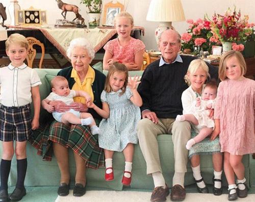 royal family La Royal Family ricorda il Principe Filippo sui social