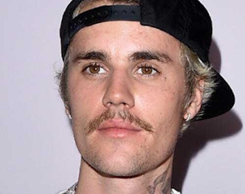 justin bieber Justin Bieber selfie prima di uscire con Hailey