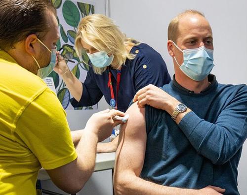 william Il Principe William si è vaccinato
