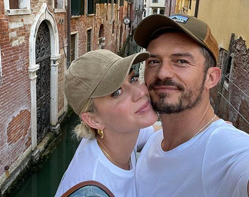 katy orlando cover Katy e Orlando sono a Venezia