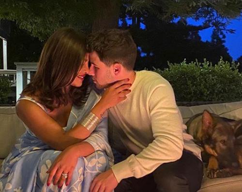 Nick e Priyanka romantici su IG