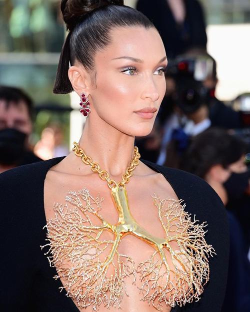Bella Hadid 2 Bella Hadid hot a Cannes