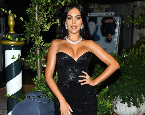 georgina rodriguez Georgina Rodriguez hot sui social