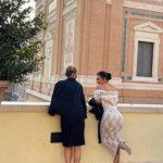 kim 4 150x150 Kim Kardashian, loutfit per il Vaticano è hot