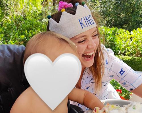 بيلي لورد 1 بيلي لورد تحتفل بعيد ميلاد ابنها