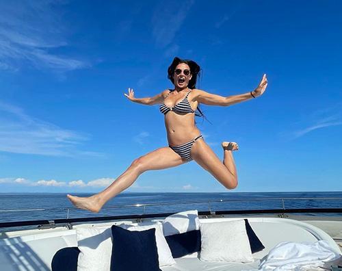 demi Demi Moore in bikini sui social