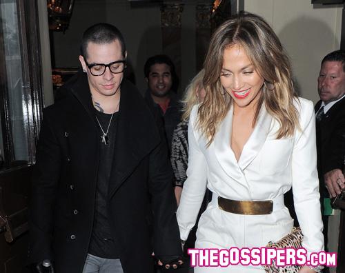jlo12 Jennifer Lopez si consola con Casper Smart