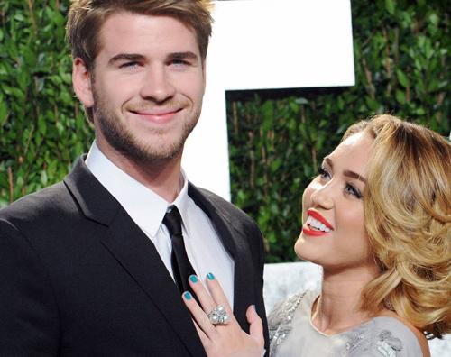 liammiley Liam Hemsworth: Non sono fidanzato!
